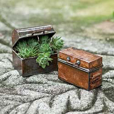 Mini Chest - Antiqued